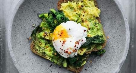 Яйцо пашот в половнике: как приготовить вкусное и сытное блюдо французской кухни